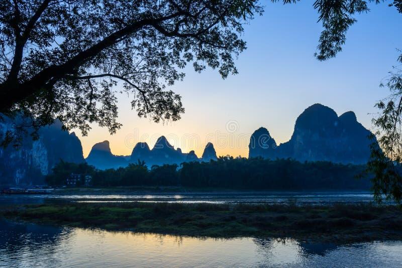 Beau paysage de fleuve de lijiang photos libres de droits