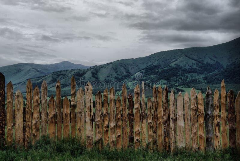 Download Beau Paysage De Montagne Près Du Lac Montagnes Corses De Montagne De Lac De Laque Du Creno De France De La Corse Genre De Terrain Image stock - Image du altai, forêt: 87705707