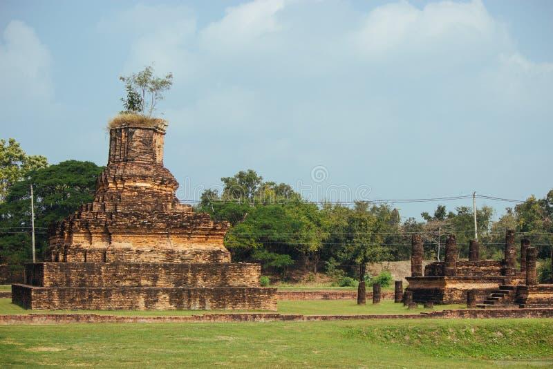 Beau paysage de temple antique dans le sukhothai-historypark, Sukhothai, Thaïlande photographie stock libre de droits