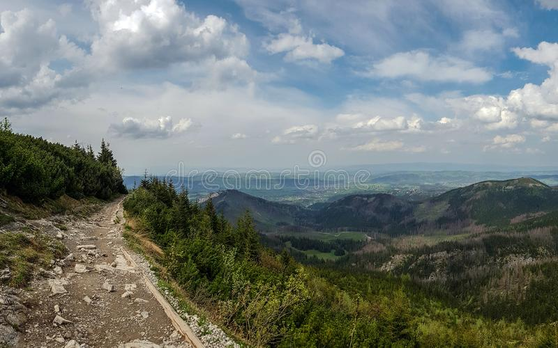 Beau paysage des montagnes de Tatra, une partie de la chaîne de montagne carpathienne en Europe de l'Est, entre la Slovaquie et l image stock