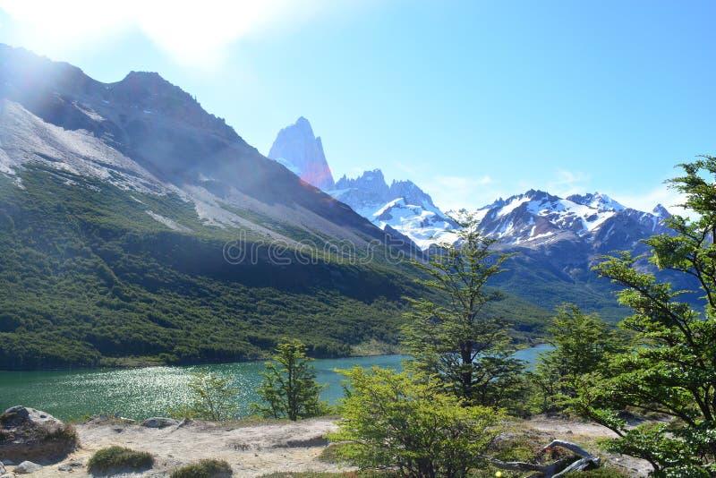 Download Beau Paysage En Parc National De Visibilité Directe Glaciares, EL Chaltén, Argentine Photo stock - Image du crête, regarder: 87705066