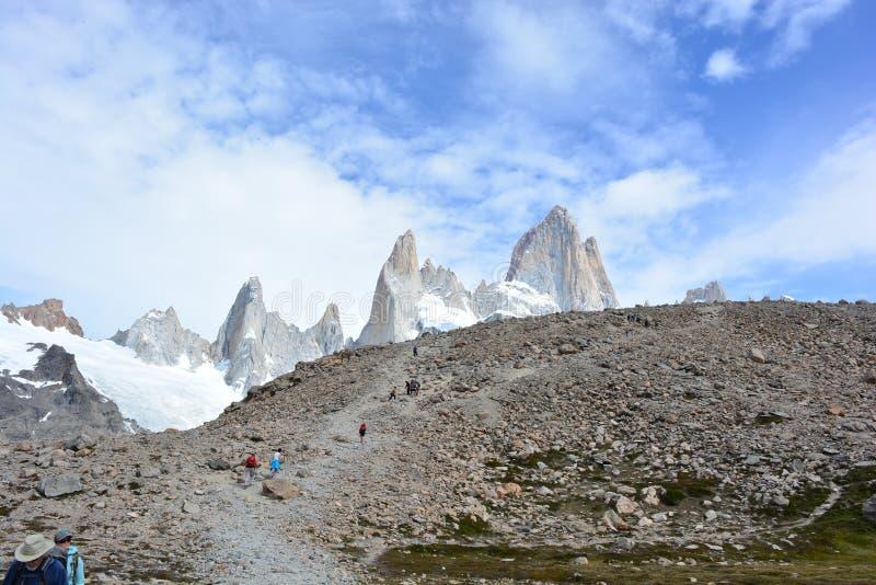 Download Beau Paysage En Parc National De Visibilité Directe Glaciares, EL Chaltén, Argentine Image stock - Image du fitzroy, ville: 87705131