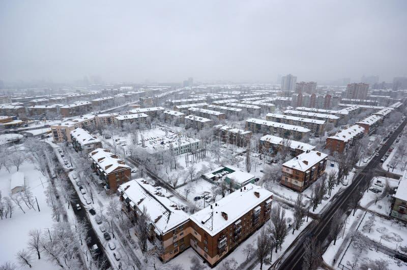 Beau paysage urbain d'hiver photographie stock libre de droits
