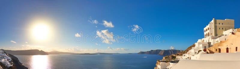 Beau Santorini en Grèce, vue de caldeira de village d'Oia images libres de droits