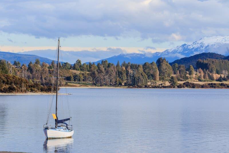 Beau scénique de l'importation de la Nouvelle Zélande d'île du sud d'anau de te de lac photo libre de droits