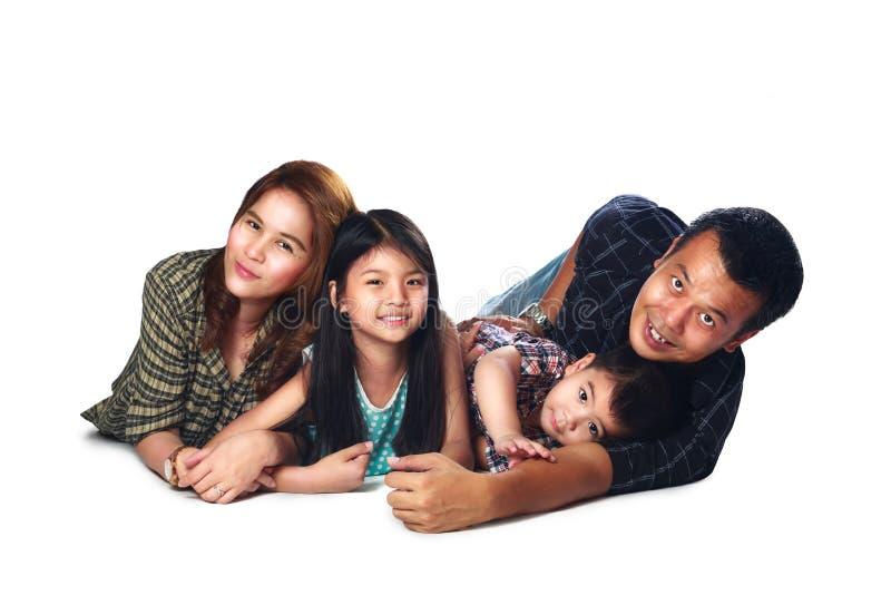 Beau sourire asiatique de portrait de famille images stock