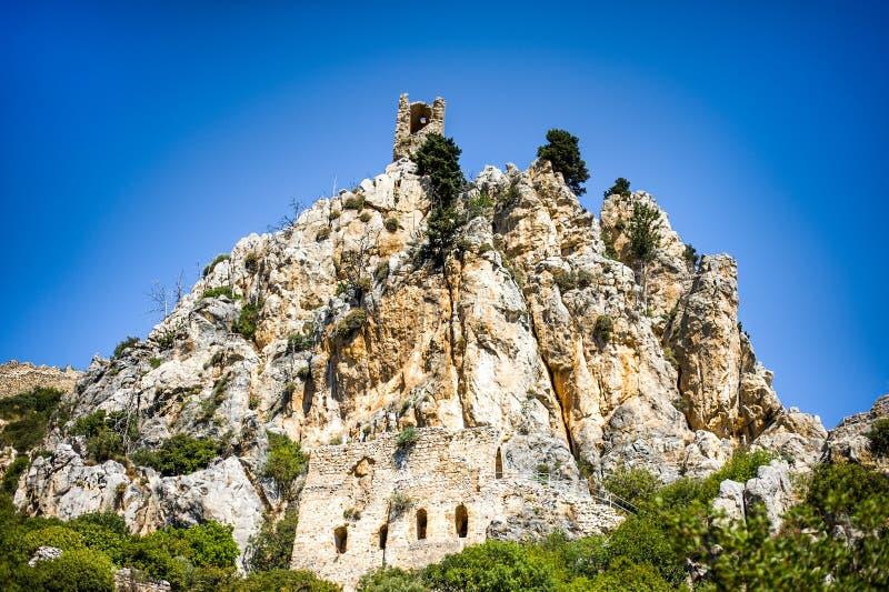 Beau St Hilarion Castle dans Kyrenia, Chypre images stock
