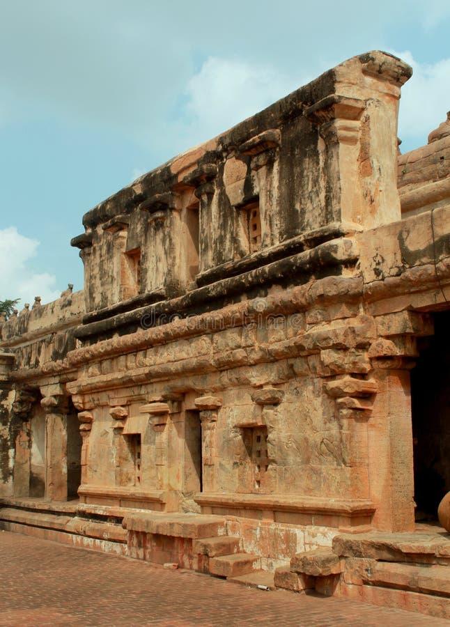 Beau travail dravidian d'architecture dans le temple antique de Brihadisvara dans Thanjavur, Inde images stock