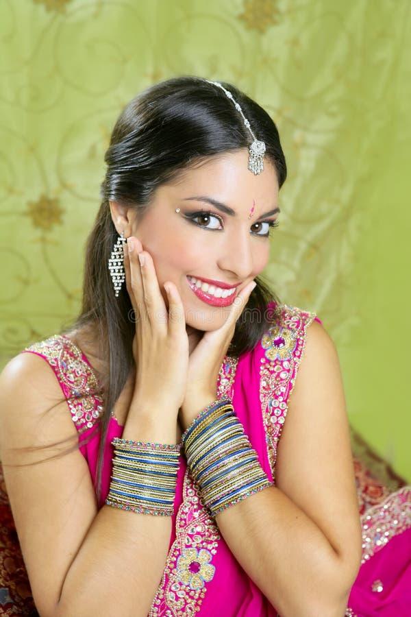 Beau type traditionnel indien de mode photographie stock libre de droits