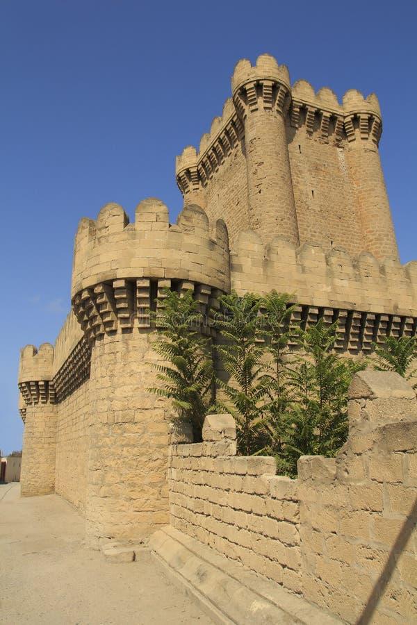 Beau vieux château quadrangulaire dans Mardakan l'azerbaïdjan photo libre de droits