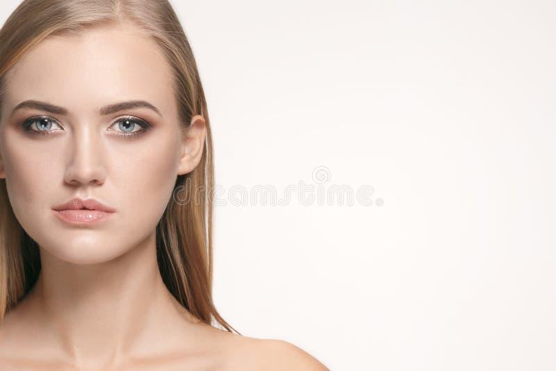Beau visage de fille Peau parfaite photos libres de droits
