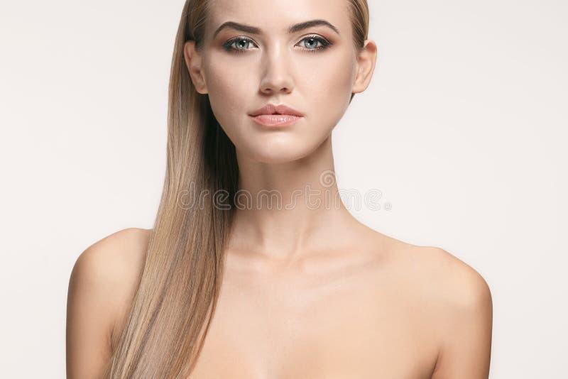 Beau visage de fille Peau parfaite images libres de droits
