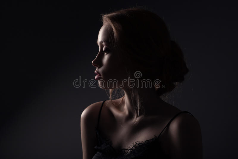 Beau visage de jeune femme adulte photos libres de droits