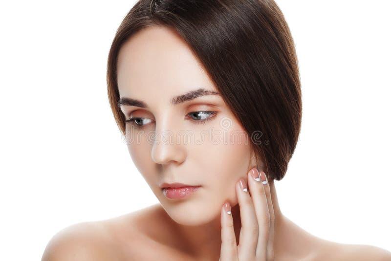 Beau visage de plan rapproché de jeune femme avec la peau fraîche propre Por images stock
