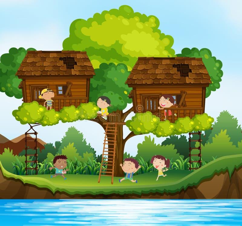 Beaucoup d'enfants jouant dans les cabanes dans un arbre sur l'arbre illustration de vecteur
