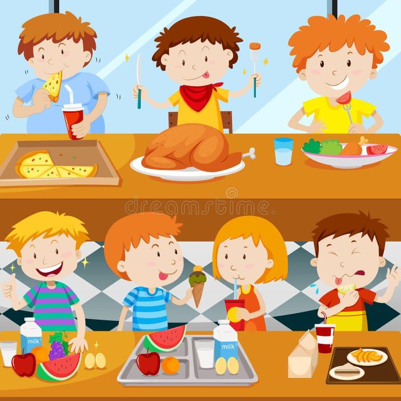 Beaucoup d'enfants mangeant dans la cantine illustration libre de droits