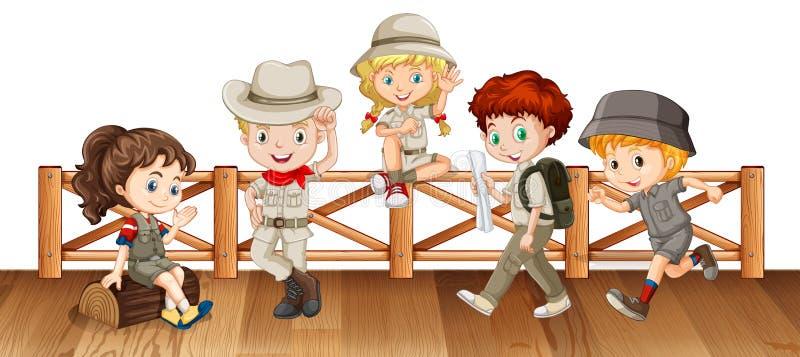 Beaucoup d'enfants sur le pont en bois illustration libre de droits