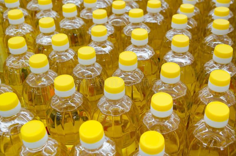 Beaucoup d'huile végétale images stock