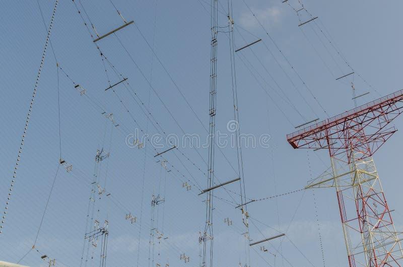 Beaucoup de lignes au système de transmission photo stock