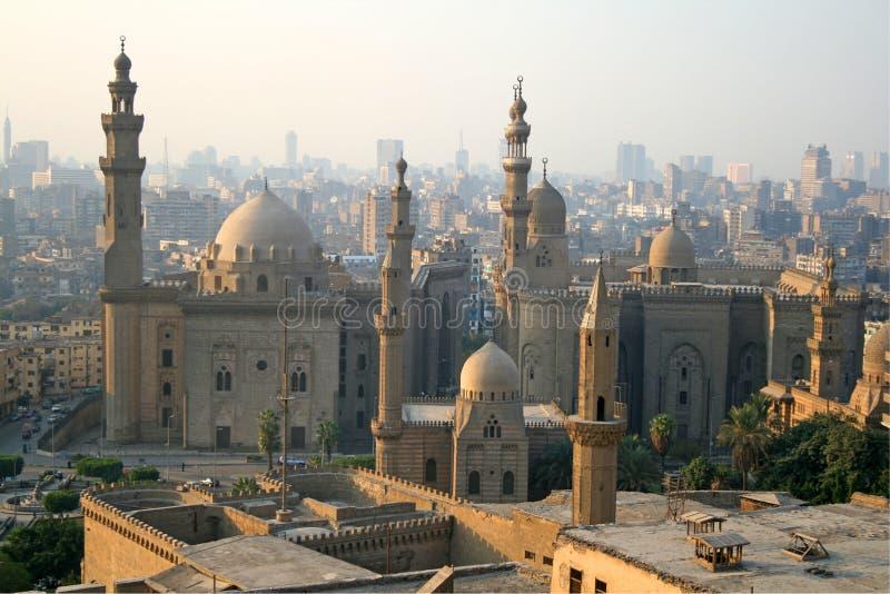 Beaucoup de mosquées - paysage urbain du Caire image libre de droits