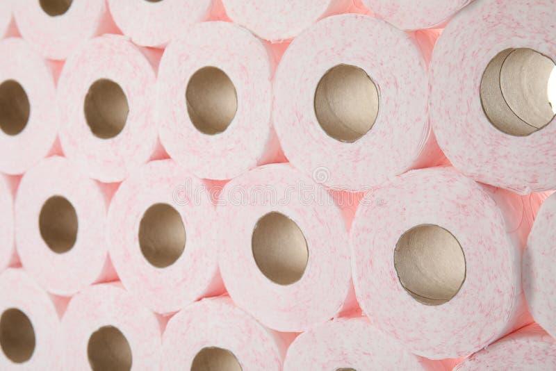 Beaucoup de rouleaux de papier hygiénique image libre de droits