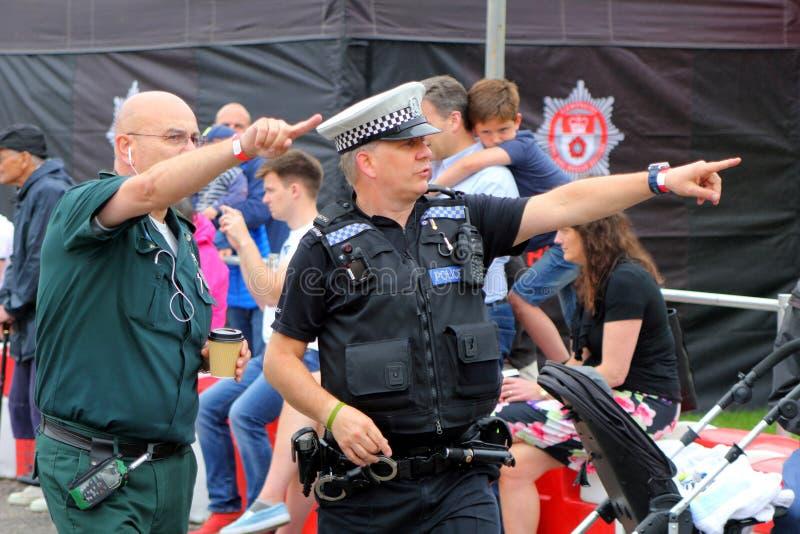 Beaulieu, Hampshire, Reino Unido - 29 de maio de 2017: Agente da polícia britânico fotografia de stock royalty free