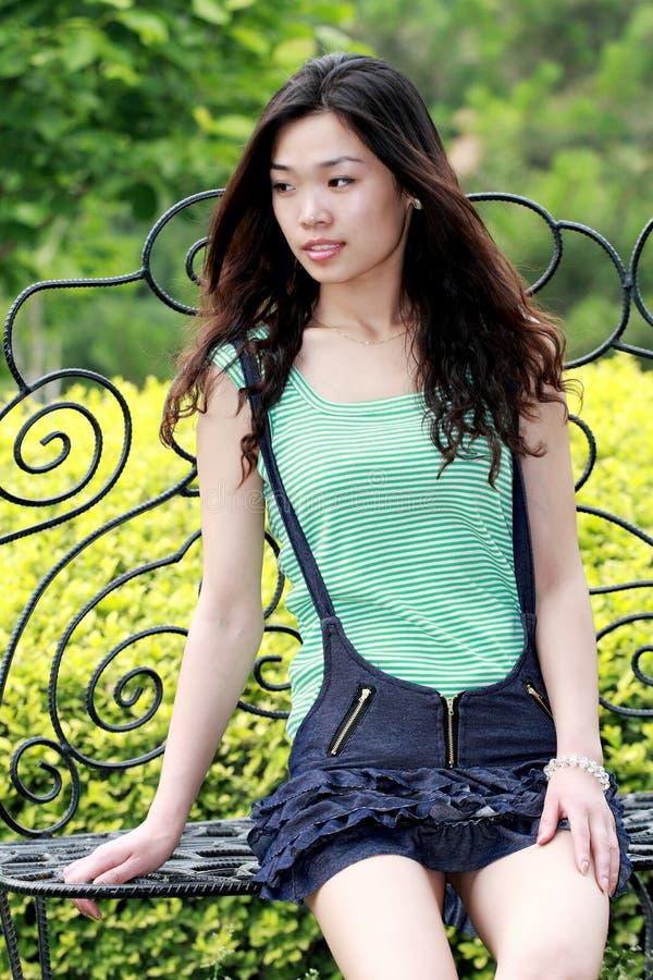 beauté asiatique à l'extérieur photo stock