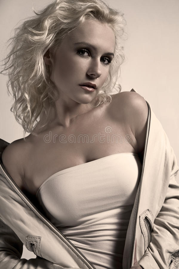Beauté blonde photo stock