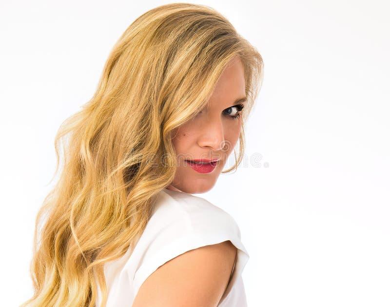 Beauté blonde de soins de la peau image libre de droits