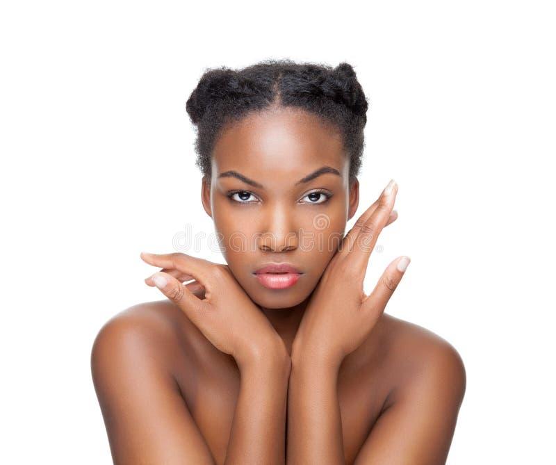 Beauté noire avec les cheveux courts photos stock
