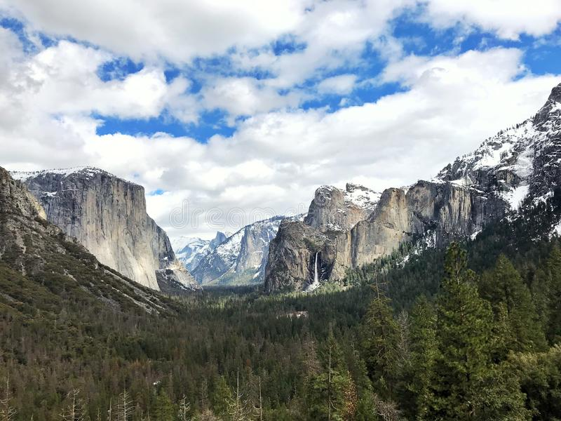 Beautfiful natur, Yosemite nationalpark royaltyfri bild