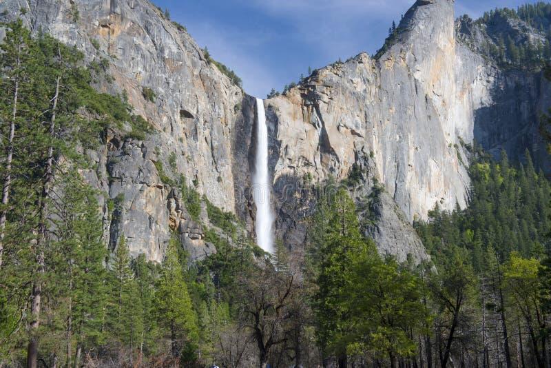 Beautfiul新娘面纱下跌,优胜美地nat公园,加利福尼亚,美国 库存照片