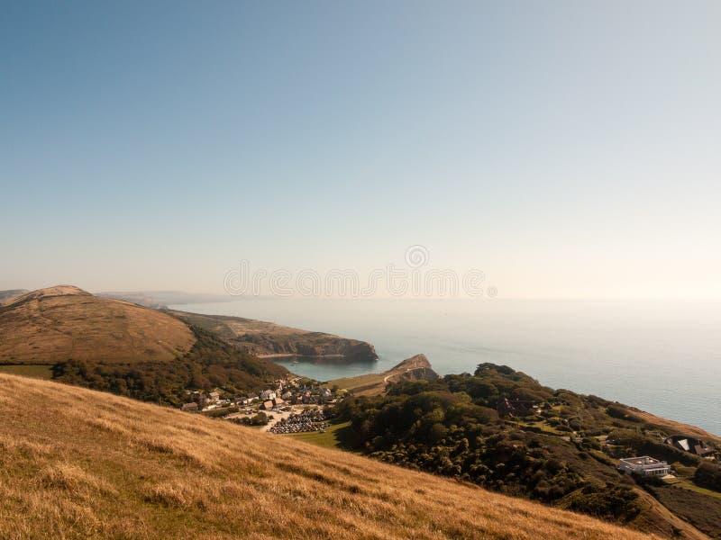beauti de la bahía del día de verano del paisaje de la naturaleza de la opinión de Dorset de la ensenada del lulworth foto de archivo libre de regalías