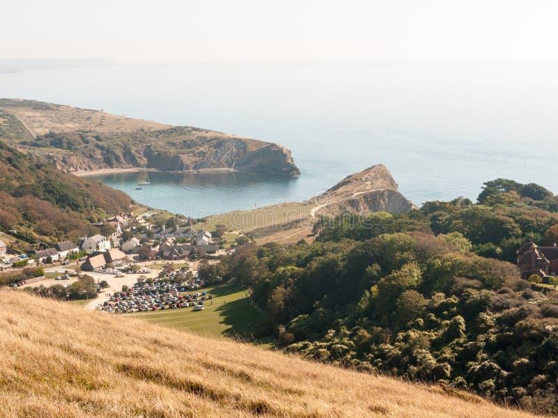 beauti de la bahía del día de verano del paisaje de la naturaleza de la opinión de Dorset de la ensenada del lulworth imagen de archivo libre de regalías