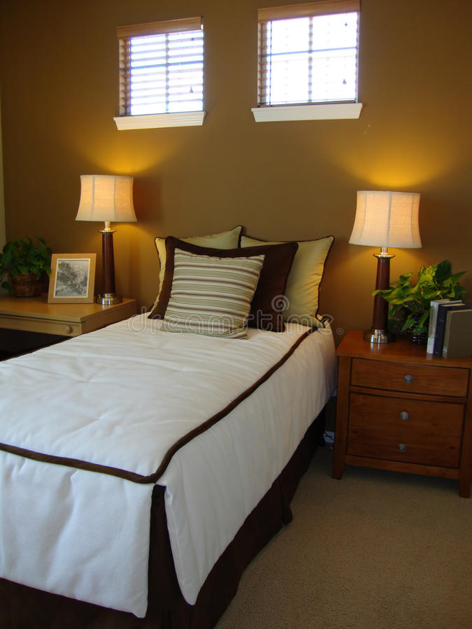 Download Beautiful Bed Room Royalty Free Stock Photo - Image: 10424005