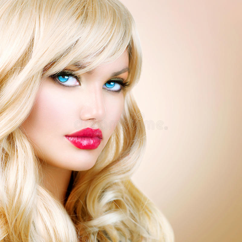 how to make your hair go white blonde