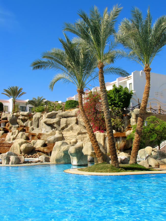 Free Beautiful Blue Pool Stock Photography - 12301472