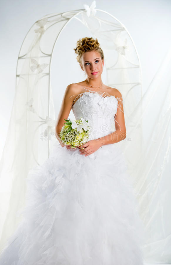 Download Beautiful Bride With Bouquet Of Flowers Stock Photo - Image: 19155830