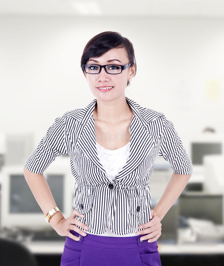 Download Beautiful Businesswoman Pose At Office Stock Image - Image: 31418957