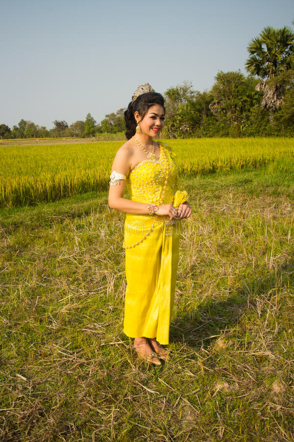 Download Beautiful Cambodian Asian Bride In Traditional Wedding Dress In A Rice Field Stock Image - Image: 92618477