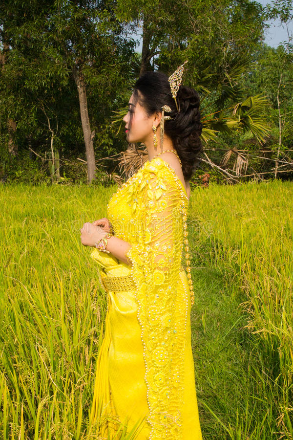 Download Beautiful Cambodian Asian Bride In Traditional Wedding Dress In A Rice Field Stock Image - Image: 92618541
