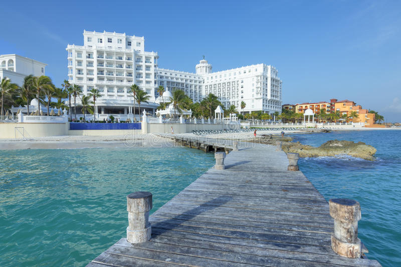 Beautiful Cancun resorts. CANCUN, MEXICO - JULY 30, 2015: Seaside resorts such as Hotel Riu Palace continue to offer quality five-star accommodations along the royalty free stock photo