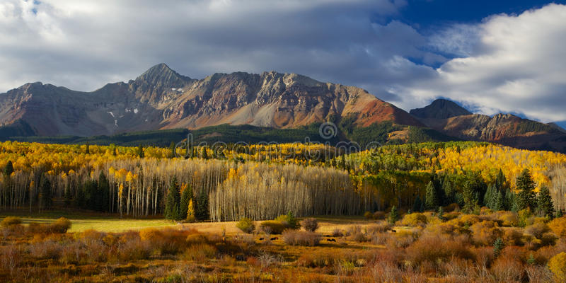 Beautiful Colorado Alpin and Mountain Landscape in Autumn stock photo