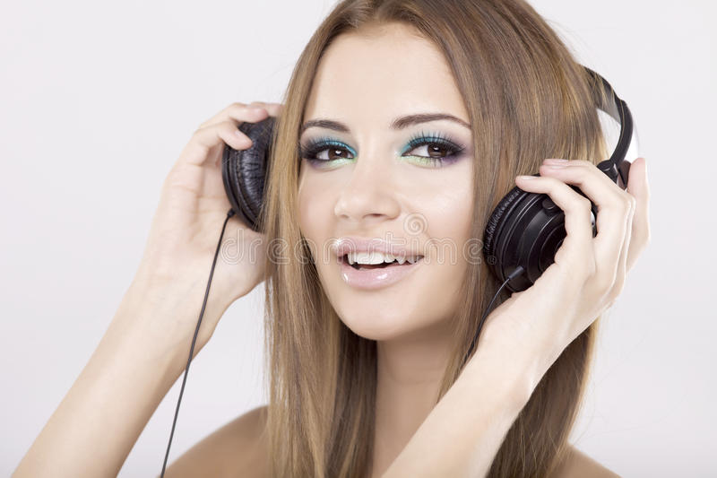 Download Beautiful Girl Is Listen To The Music Stock Image - Image: 22549025