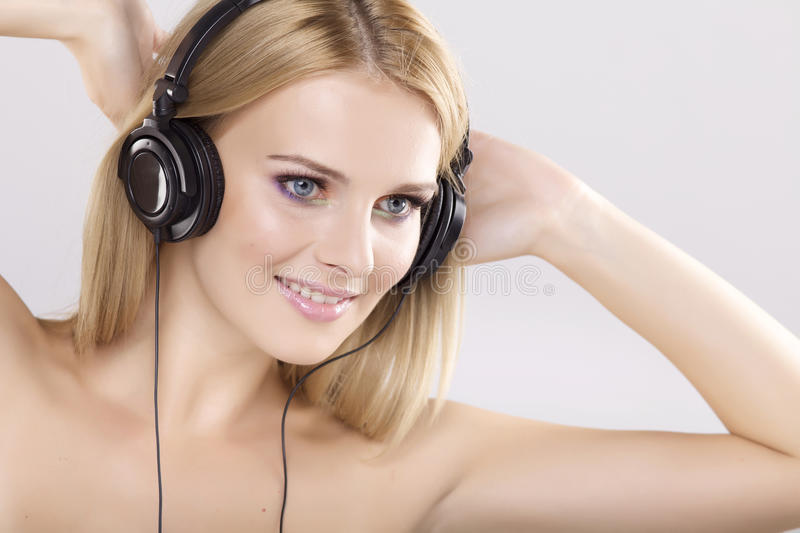 Download Beautiful Girl Is Listen To The Music Stock Image - Image: 25029889