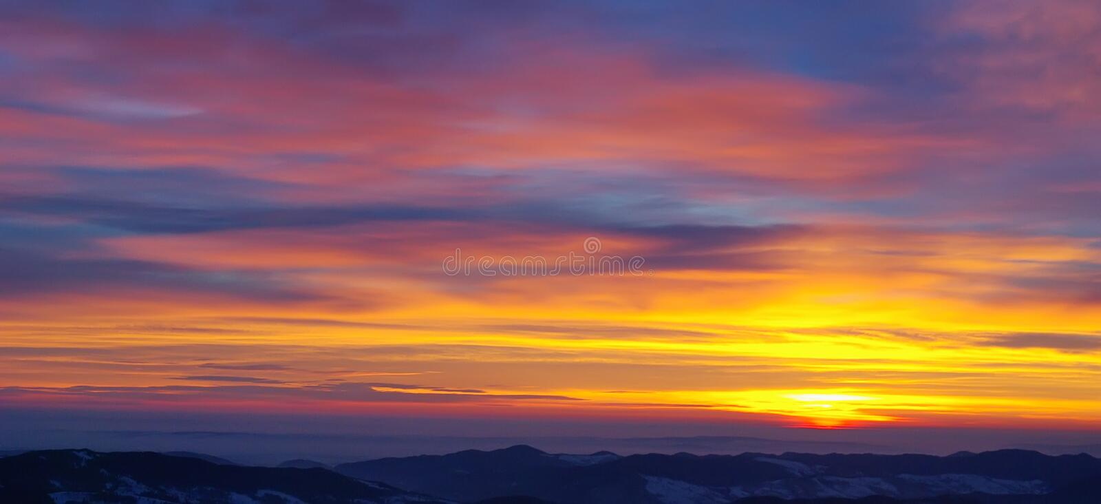 Download Beautiful golden sunrise stock image. Image of fogs, active - 13118141
