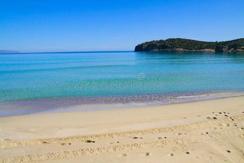 Download Beautiful Idyllic Turquoise Waters Shoreline Stock Image - Image of pebble, scenic: 36019087