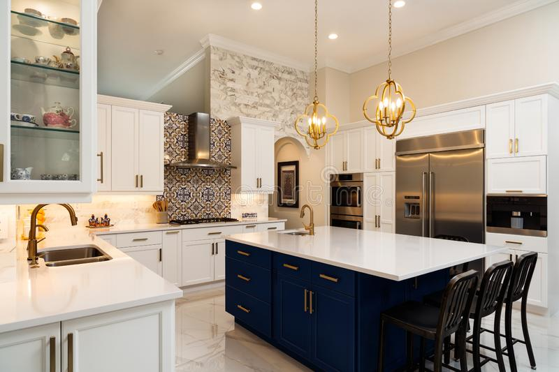 107 404 Luxury Kitchen Photos Free Royalty Free Stock Photos From Dreamstime