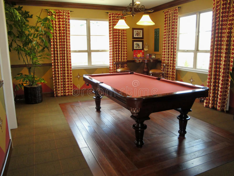 Download Beautiful Pool Table And Game Room Stock Photo - Image: 9548602