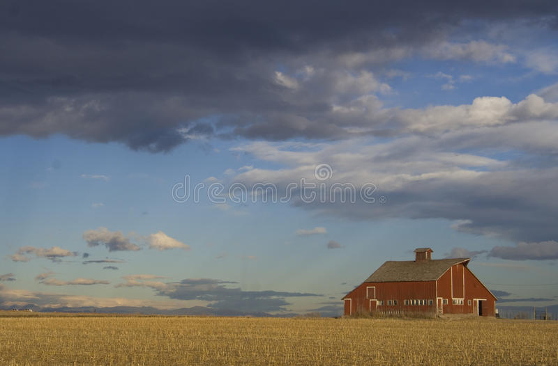 A Beautiful Red Rustic Barn Royalty Free Stock Photography